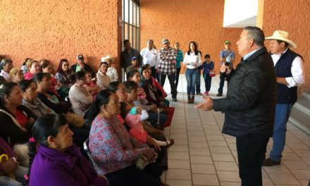Ofrecen apoyos rurales en Purísima