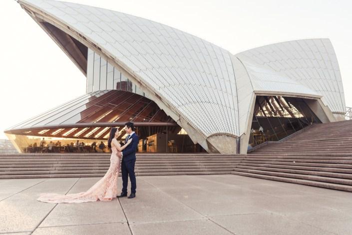 Sydney Opera House and Harbour Bridge Pre Wedding/Engagement Photo Session – Vivi and Ludo