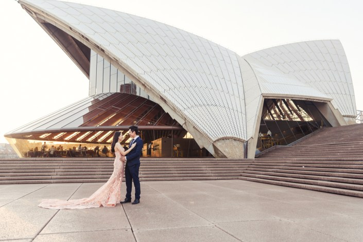 Sydney Opera House and Harbour Bridge Pre Wedding/Engagement Photo Session – Vivi and Ludo