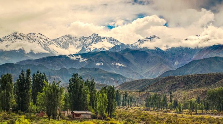 andes-mountain-range-valley-mendoza