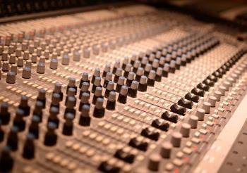 Como grabar el bajo en un estudio profesional