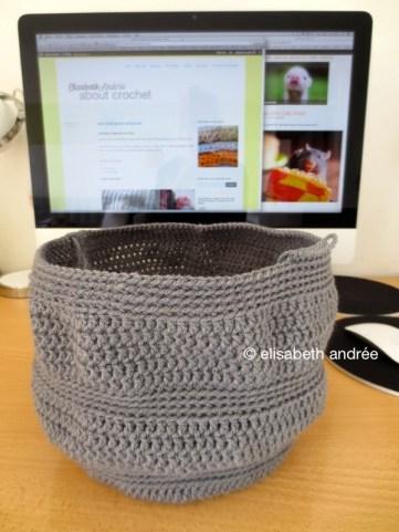 WIP: gray handbag stitch pattern