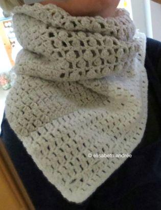 2 neutral shades, 2 stitch pattern