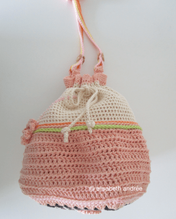 small crochet bag in sweet colors