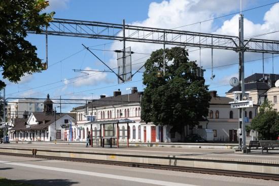 Två mordförsök begick den 4 oktober här på järnvägsstationen i Katrineholm. Foto: Wikimedia Commons
