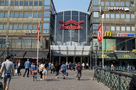 En ordningsvakt blev grovt misshandlad i ett parkeringshus i Nordstan i Göteborg. Bild: nordstan.se
