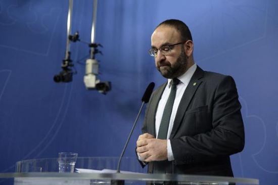 Mehmet Kaplan får avsked Foto: Regeringskansliet
