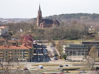 En man blev utsatt för ett mordförsök utanför en restaurang vid Mölndals torg. Bild: wikipedia.org