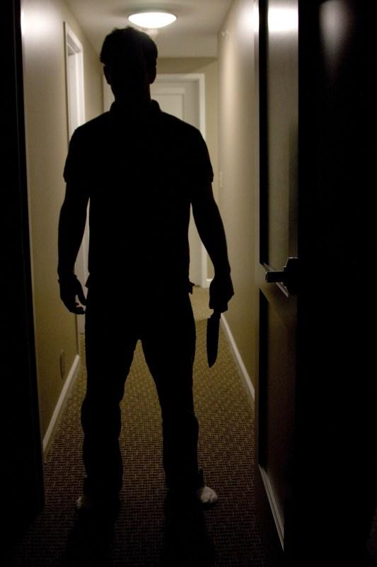 Man med kniv. Bilden har inget att göra med mordfösöken i Kristinehamn. Copyright: Jormonago/Dreamstime.com