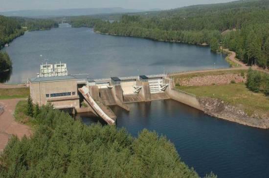 Utskov vid vattenkraftstation