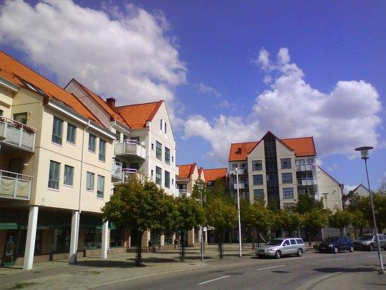 Här på Storgatan i Staffanstorp i Skåne blev en man allvarligt misshandlad den 4 oktober. Bild: panoramio