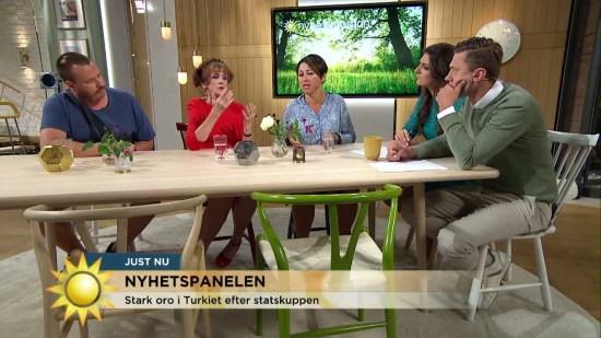 Nyhetspanelen i TV4 fr.v. Erik Hörstadius, Elisabet Höglund och Hanne Kjöller Foto: TV4