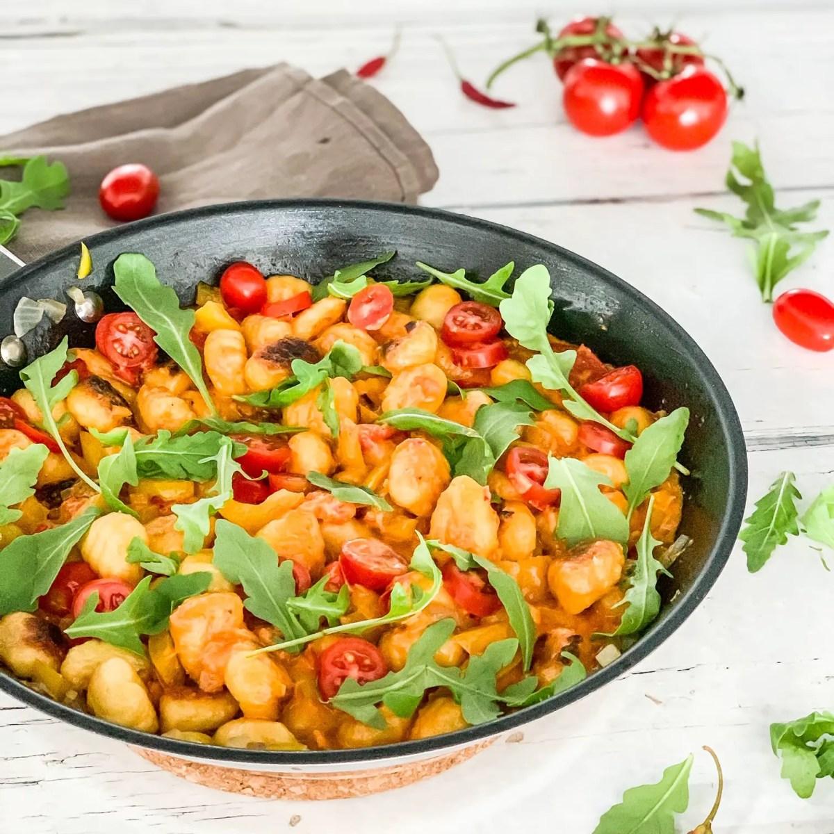 Vegane Onepot-Gnocchi-Pfanne