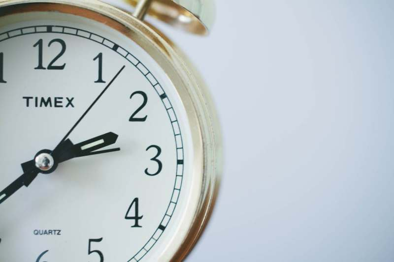 orari-post-pagina-facebook-aziendale