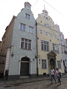Riga IMG_7631 Gyö - Három fivér-Maza Pils iela