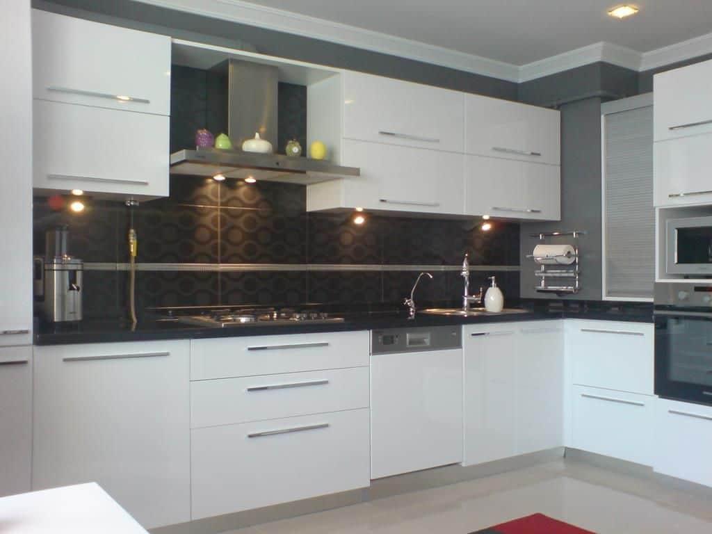 cappucino rengi akrilik mutfak Güzel Beyaz Mutfak Dolabı Modelleri –nerileri ve Fikirleri