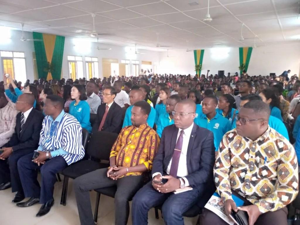 Les participants au lancement des activités du PVUC