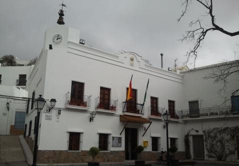PP y PSOE pactan un gobierno de alternacia en Felix