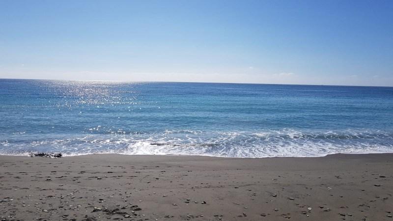 Rescatan el cadáver de una mujer desaparecida en una playa de Pulpí