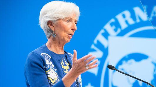 BCE: Cristine Lagarde traslada la carga a los gobiernos para ayudar a la recuperación