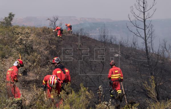 La Junta convoca 120 plazas de bomberos para el Infoca