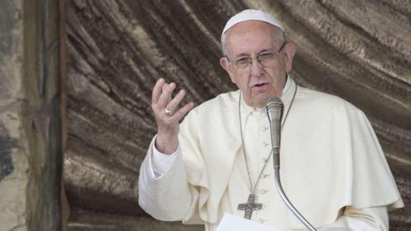 Tres monaguillos más dicen que sufrieron abusados por sacerdotes en el Vaticano