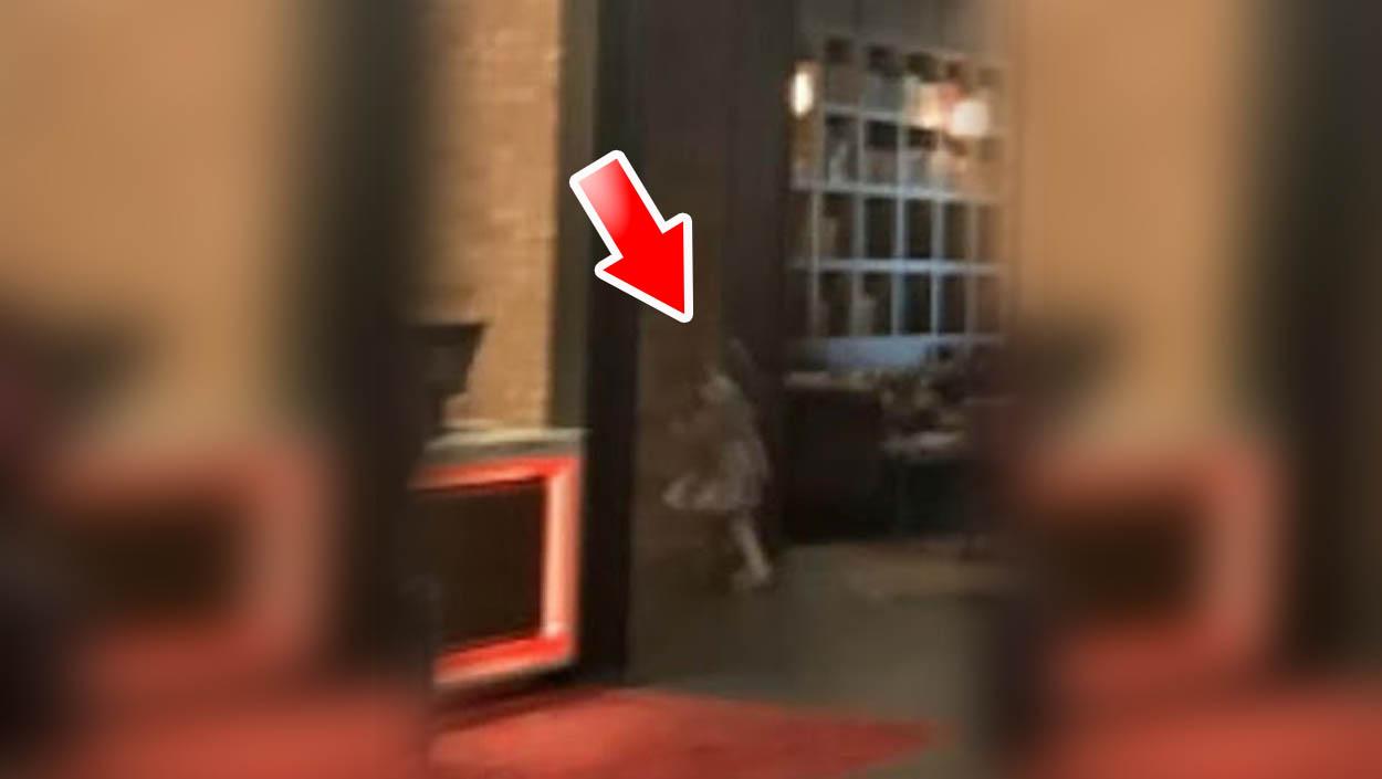 Captan el fantasma de una niña en un casino