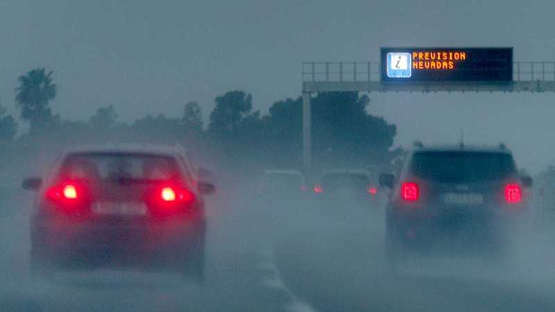 La borrasca 'Gloria' complica la circulación en carreteras de Almería y Granada