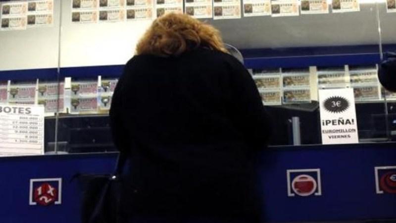 Hay que repartir la lotería compartida antes del sorteo