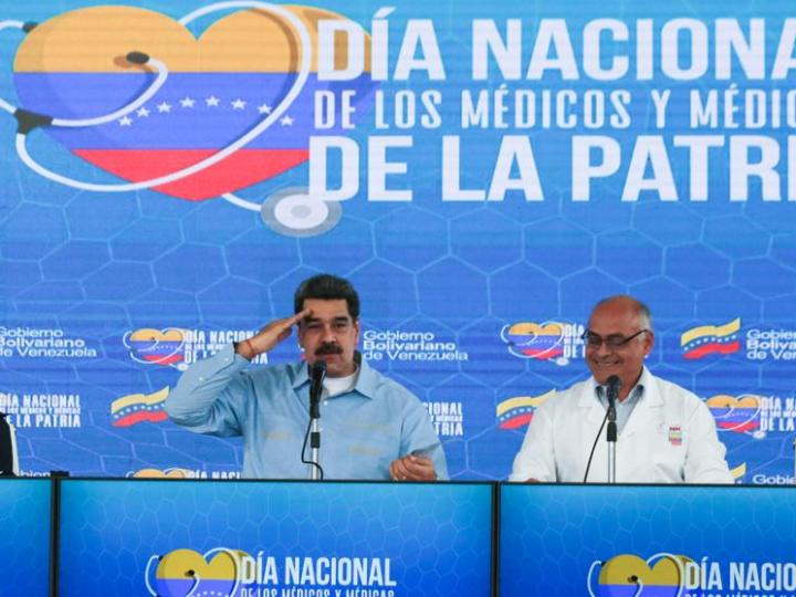 """Carvativir, el """"medicamento"""" que, según Maduro (Venezuela), """"cura"""" el coronavirus"""