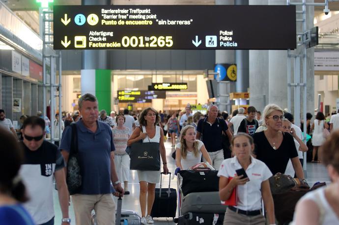 Alemania 'veta' los viajes a Cataluña, Aragón y Navarra