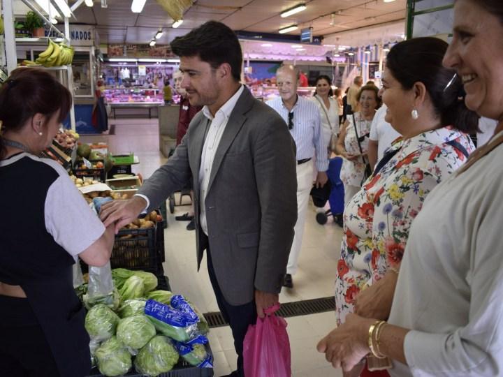 El PP pide un paquete de ayudas para los placeros del mercado de Las Palmeritas