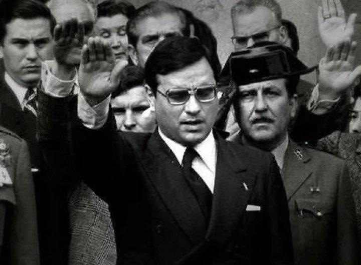 No hubo genocidio en la Transición, afirma Martín Villa