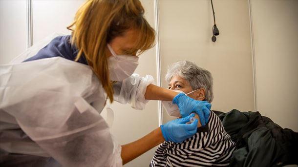 """""""Ayúdenme, estoy secuestrada"""", el agónico mensaje de una anciana al ir a vacunarse"""