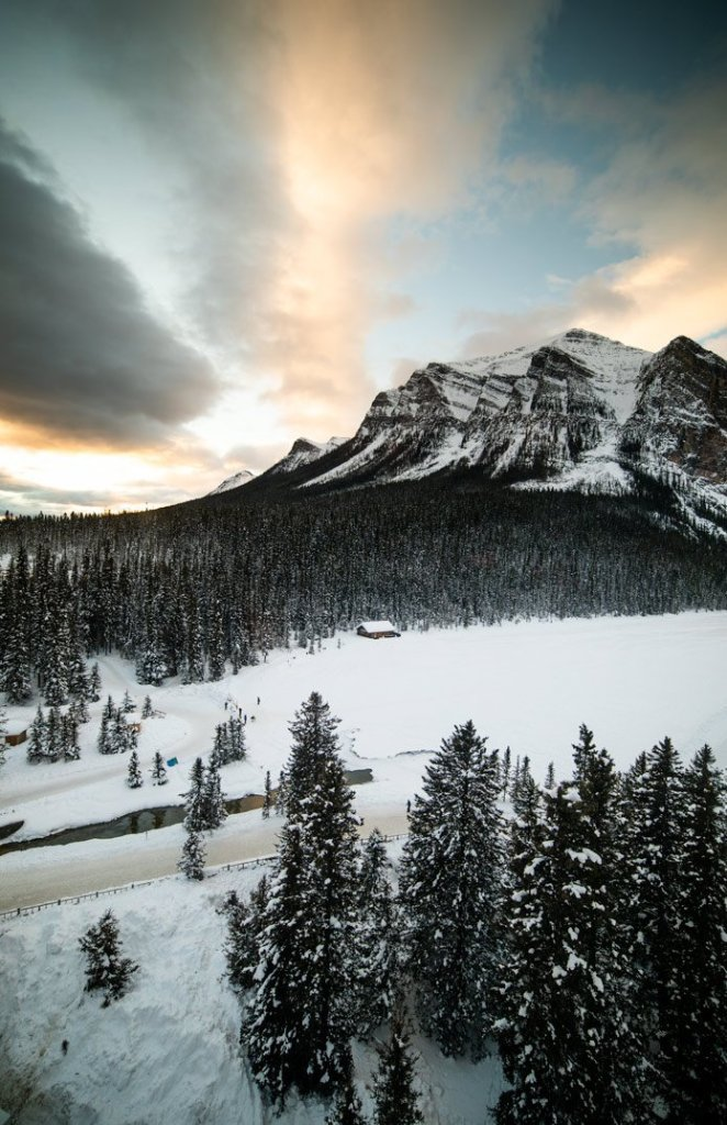 Chateau Lake Louise And The Torch Light Dinner Elite Jetsetter