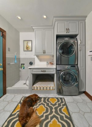 Luxe Laundry Rooms - Dog Cleaning Station