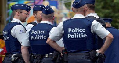 Belgique: la police saisit plus de 3 000 pén*s lors d'une perquisition au domicile d'une employé de la morgue