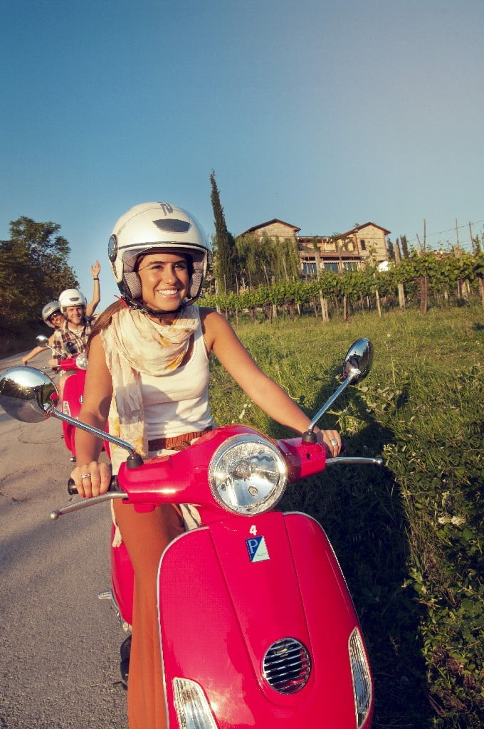 italy-southern-tuscany-local-living-vespa-traveller-daneta-ritu-ceo-flipped-leo-tamburri-2012-imgp8401-processed-lg-rgb