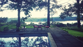 Hudson Valley Wedding Venue - poolside