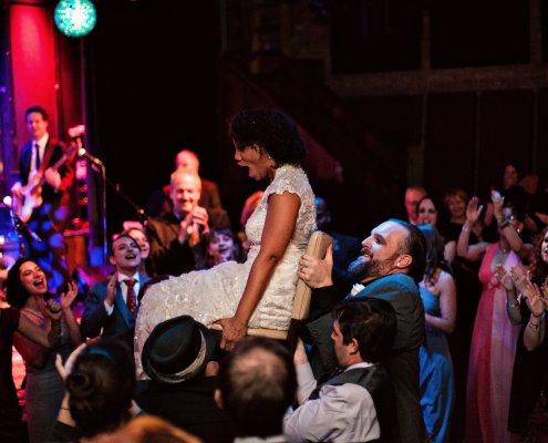 hora dance - club helsinki wedding