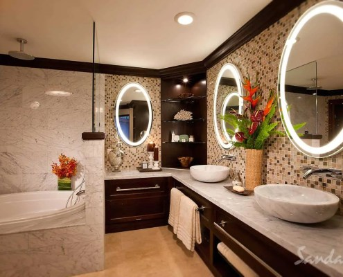 bathroom antigua