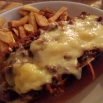 Chilli, cheese and onion 100% beef dog