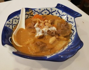 Massaman beef curry Manow
