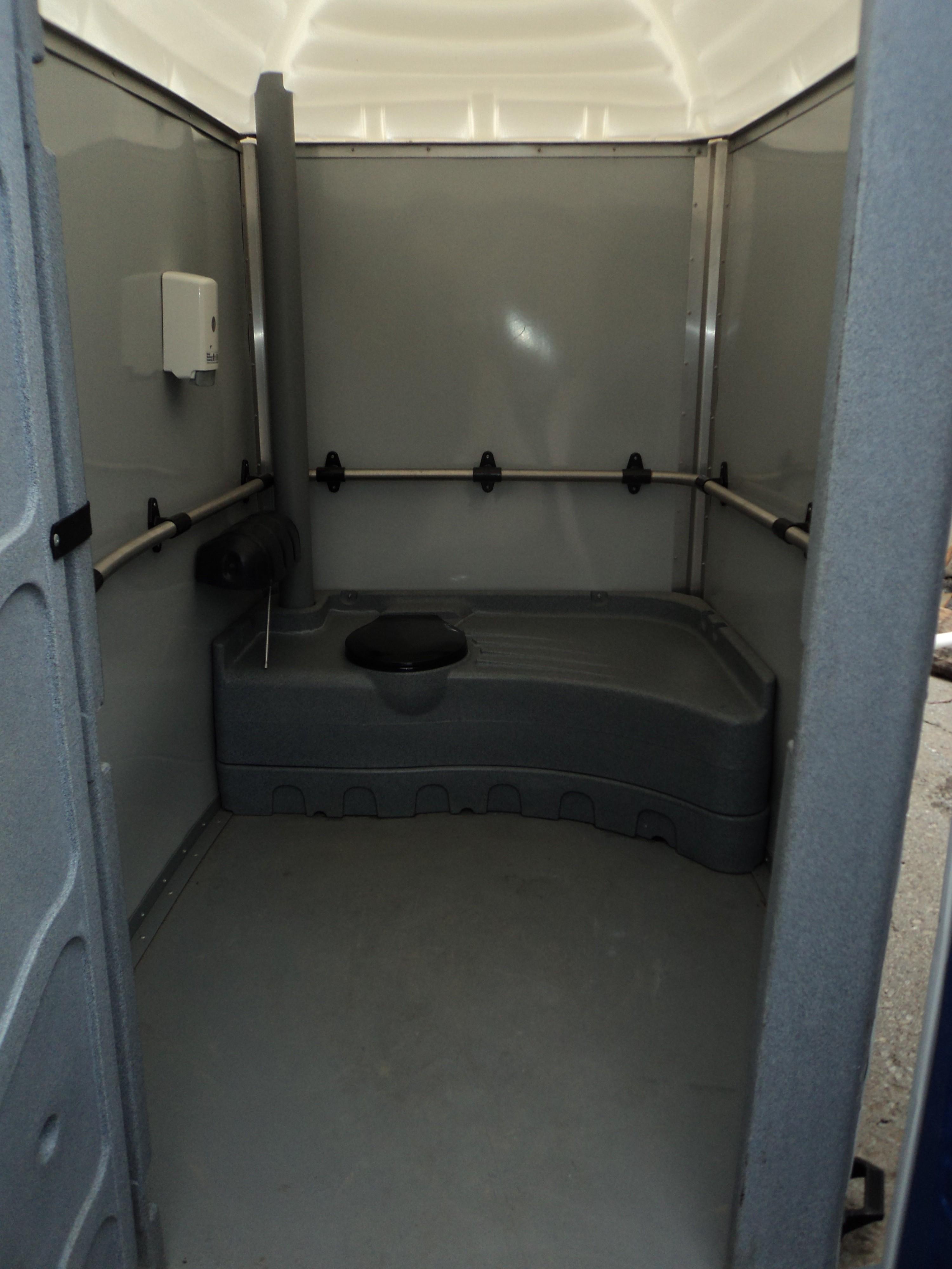 Mobile Bathrooms Fair 50 Handicap Bathroom Airplane