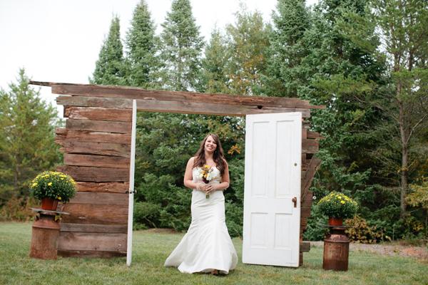 Reclaimed-Wood-Doors-Wedding-Ceremony-Entrance