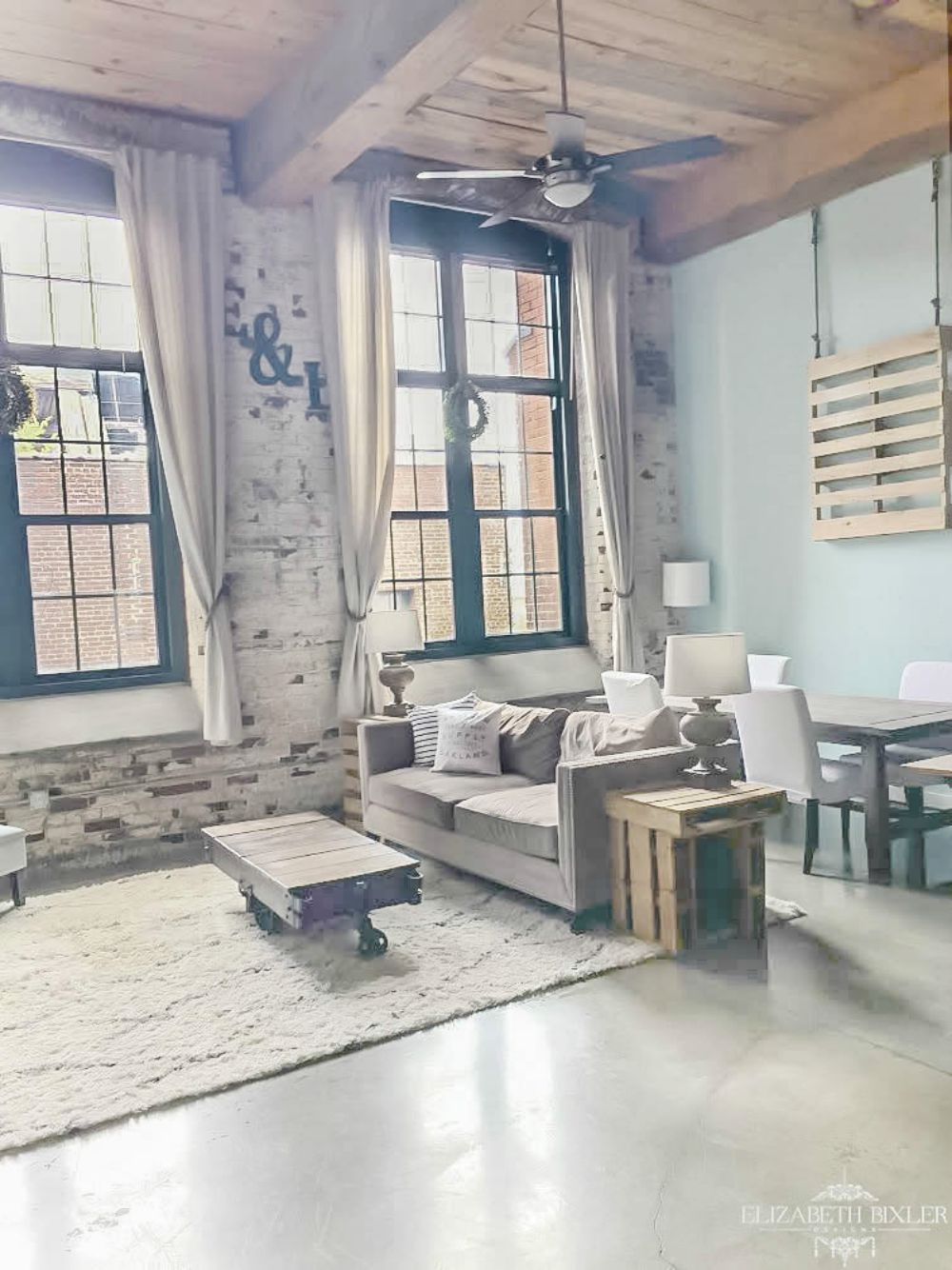 Loft-industrial-living-room-tiffany-blue
