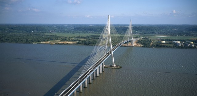 Pont de Normandie (courtesy of the Internet)