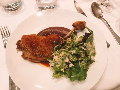 where to eat in paris au bon Accueil