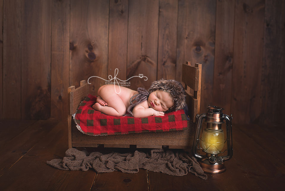 Newborn on Bed | Outdoor newborn | Camping newborn | rustic newborn | CT Newborn Photographer Elizabeth Frederick Photography