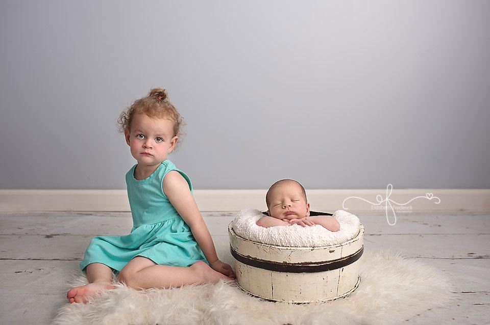 Newborn Boy Pose Idea | CT Newborn Photographer Elizabeth Frederick Photography | Best CT Newborn Photographer
